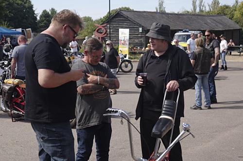 Barrel bikers show Chopper