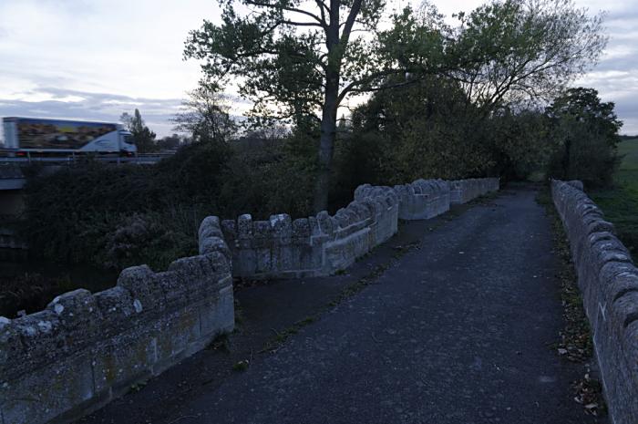 Thornborough old and new bridges