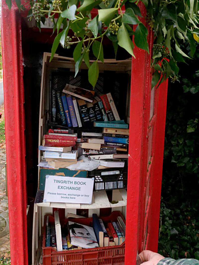 Tingrith phonebox library
