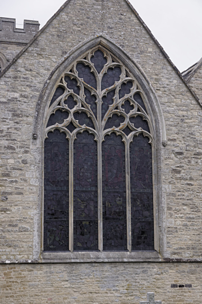 Flowing tracery East window