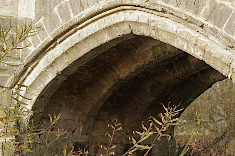 Ribbed arch  Thornborough Bridge