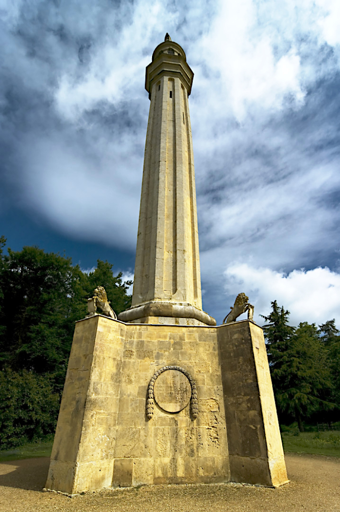 Lord Cobham's monument at Stowe