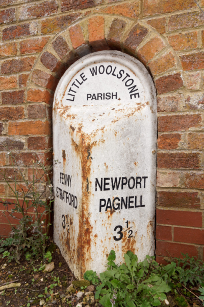 Milepost  Little Woolstone