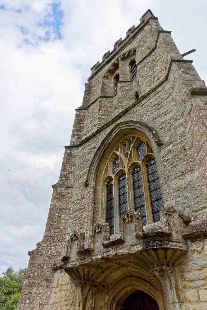 St Edmunds  Maids Moreton