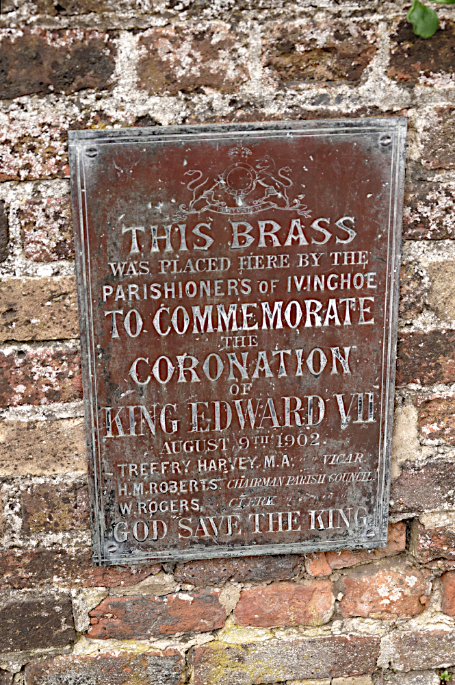 Edward VIII plaque  Ivinghoe