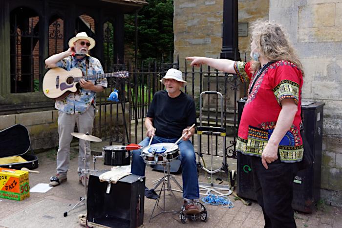 Live music in Stony Stratford