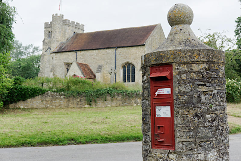 Nether Winchendon church and postbox